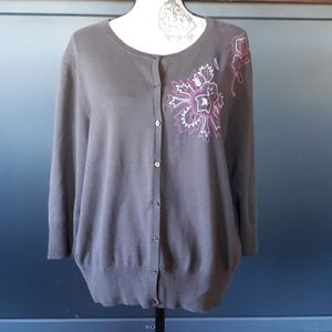 Izod brown and pink 8 button 3/4 sleeve sweater